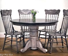 Kitchen Table And Chairs Painted Coats Super Ideas Refurbished Furniture, Furniture Makeover, Painted Furniture, Glazing Furniture, Chair Makeover, Oak Table, Table And Chairs, Dining Chairs, Painted Kitchen Tables