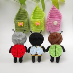 Crochet bugs - free amigurumi pattern and lots of other beautiful and sweet amigurumi patterns and tutorials