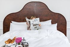 Pulitzer Amsterdam loves nothing more than being your home away from home. What if you could re-create your Pulitzer experience at home? Hotel Mattress, Hotel Bed, Mattress Springs, Linen Bedding, Duvet, Cosy Corner, Live In Style, Five Star Hotel, Luxury Spa