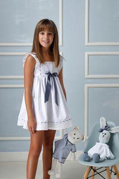 Preteen Girls Fashion, Young Girl Fashion, Kids Outfits Girls, Girly Outfits, Kids Fashion, Cute Little Girl Dresses, Pretty Little Girls, Cute Dresses, Girls Dresses