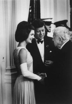 Pictures of Jackie Kennedy dress - jackie kennedy style - white house.jpg