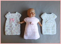 This sweet little Angel Baby gown is for babies born too soon.