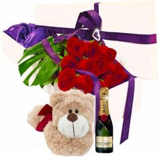 Order the best flowers across the Gold Coast, such as this dynamic floral arrangement, featuring 12 roses and a medium-sized teddy bear. 12 Roses, Dozen Roses, Gold Coast Australia, Send Flowers, Floral Bouquets, Amazing Flowers, 4th Of July Wreath, Planting Flowers, Floral Arrangements