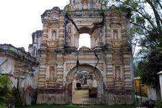 La Antigua Guatemala. Iglesia de Santa Rosa de Lima.