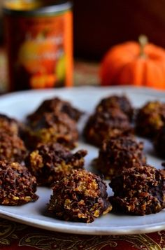 No Bake Pumpkin Cookies #nobake #reluctantentertainer #cookies