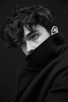 Male Character, Character Aesthetic, Photography Poses For Men, Portrait Photography Men, Portrait Shots, Drawing People, Beautiful Boys, Beautiful Pictures, Cute Guys