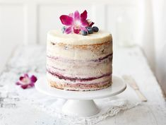 Lemon and blueberry cake Finnish Recipes, Savoury Baking, Blueberry Cake, Pastry Shop, Piece Of Cakes, Desert Recipes, Let Them Eat Cake, No Cook Meals, Yummy Cakes