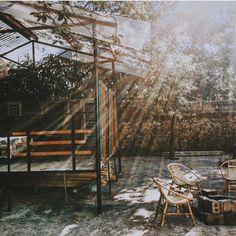 """📮: homestayholicvn@gmail.com trên Instagram: """"Bơ House Mộc Châu 📍: Xóm 2 - Tiểu Khu Cơ Quan - Trị Trấn Nông Trường - Mộc Châu 🔎For booking : 097 166 00 08. 💵: Phòng Đôi:…"""" Cabin, House Styles, Places, Instagram, Home Decor, Decoration Home, Room Decor, Cottage, Lugares"""