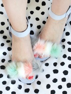 Springy Pom Sandal – A Beautiful Mess
