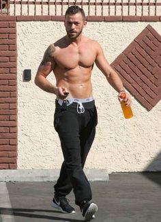 Artem Chigvintsev leaving Dancing with the Stars studios in October Muscle Hunks, Muscle Men, Buff Guys, Artem Chigvintsev, Strictly Come Dancing, Book Boyfriends, Sexy Men, Hot Men, Dancing With The Stars