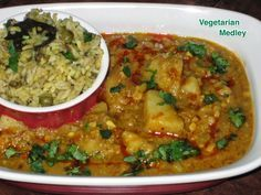 Vegetarian Medley: Potatoes In Peanuts & Sesame Seeds Gravy (Gujarati Curry for Khichdi)