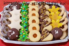 Hungarian Cookies, Hungarian Desserts, Hungarian Recipes, Galletas Cookies, Holiday Cookies, Sugar Cookies, Cake Cookies, Cookie Gift Boxes, Cookie Gifts