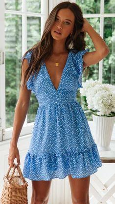 Bermuda Sleeve Blue Polka Dot Tie Dress - 581 x 1024 Outfit Put supporters . - Bermuda Sleeve Blue Polka Dot Tie Dress – 581 x 1024 Outfit Put the pre-Spice Women supporters of -