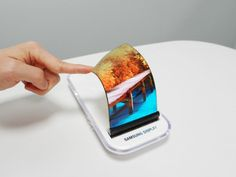 Samsung planning to launch foldable smartphone in 2018