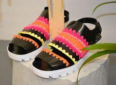 katie jones #crochet shoes