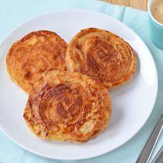 Yes please: cinnamon roll pancakes! Té lekker  recept staat nu online, link in profiel. #cinnamonrollpancakes