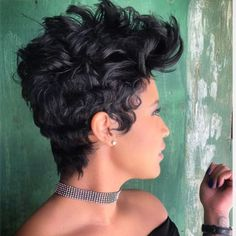 "701 Likes, 5 Comments - Like The River The Salon (@liketheriversalon) on Instagram: ""Never duplicated. #artist #shorthair #hairstylist #shorthair #besthair #liketheriversalon ✂✂✂"""