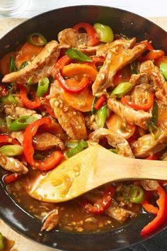 Wenige Zutaten, viel Geschmack: Bunter Gemüse Wok mit Schweinefilet #asia #rezept #wok