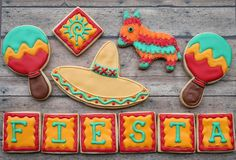 Cinco de Mayo cookies...love the little pinata!