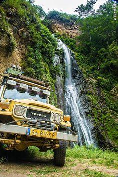 Road Travel in Peru, Part 2 –Paracas, Lima, Cordillera Blanca, Huanchaco, Cajamarca - Landcruising Adventure - Waterfall, Peru (©photocoen)
