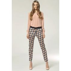 Another great find on Pink Geometric Pants by NIFE Zara, Tomboy Chic, Love Fashion, Womens Fashion, Vintage Boutique, New Wardrobe, Work Attire, Wholesale Clothing, What I Wore