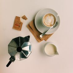 coffee / photo by Alicia Carvalho
