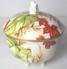 "Peppertree Tabletops Fine Porcelain Footed Sugar Bowl with Lid Floral 3"" x 4.5"" #peppertree"
