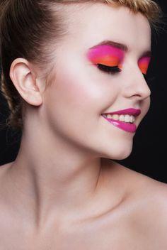 Makeup - Delfina Kardaś-Kotlicka Photo - Ania Jankowska Model - Roksana Ostrowicka