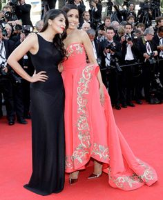 Freida Pinto Looks Glamorous at Cannes 2014 red carpet.