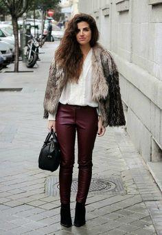 Look del dia - Viernes - Con abrigo de pelo, blusa  y pantalones burdeos.