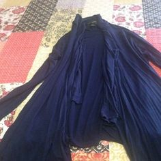 💢Navy layerd cardigan Forever21 long layer cardigan used one or twice trading value $13 Forever 21 Jackets & Coats