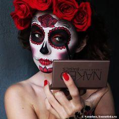 Calavera (Zuckerschädel) Make-up Haloween Makeup, Halloween Makeup Sugar Skull, Skeleton Makeup, Sugar Skull Makeup, Halloween Makeup Looks, Sugar Skull Costume Diy, Mexican Halloween, Halloween Kostüm, Maquillage Sugar Skull