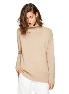 long body length turtleneck