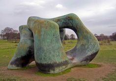Large Two Forms, Henry Moore, 1966. Bronze. - Henry Moore at the Yorkshire Sculpture Park