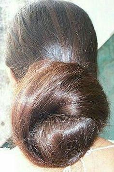 Beautiful Buns, Beautiful Braids, Beautiful Long Hair, Amazing Hair, Bun Hairstyles For Long Hair, Party Hairstyles, Indian Hairstyles, Long Indian Hair, Hair Buns