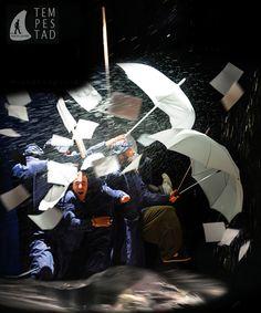 Tempestad. Versión para 8 actores y músicos de la obra de Shakespeare a cargo de Sergio Peris Mencheta. Naves del Español en Matadero. Madrid