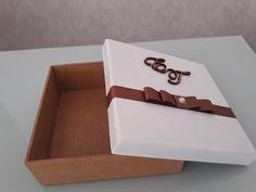 Caixa em MDF 15x15x5 cm para convite ou lembrancinha personalizada