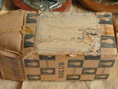 Old Irish Solus Bulb Box Old Irish, The Past, Bulb, Memories, Shop, Memoirs, Souvenirs, Onions, Light Bulb