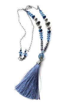 Collar borla azul de seda Mala inspiración borla azul por ShySiren