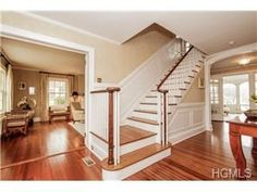 8 Morris Court, Rye, NY 10580 - #: 4403801 Center Hall Colonial  beautifully proportioned interior is resplendent with handsome architectural detailing and includes  the perfect space for entertaining family and friends.