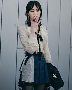 trendy Ideas fashion week seoul 2018 Source by clothes fashion seoul Korean Fashion Trends, Korean Street Fashion, Asian Fashion, Trendy Fashion, Fashion Looks, Fashion Outfits, Fashion Ideas, Fashion Styles, Winter Fashion