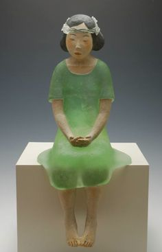 """Masayo Odahashi ~ """"The cast glass pate de verre figures, sitting alone or accompanied by their own mirror image, appear to be deep in contemplative thought. Self-contained and quietly powerful, they remind the viewer that there are two sides to each of us, two sides to every life."""" 小田橋昌代 via Artemis Dreaming"""