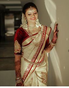 Pattu Sarees Wedding, Bridal Silk Saree, Half Saree Designs, Sari Blouse Designs, South Indian Weddings, South Indian Bride, Beautiful Saree, Beautiful Bride, Engagement Dress For Bride