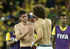 Brasile - Colombia, Scambio di maglie e saluto tra Rodriguez e Luiz #Mondiali2014. #Brasil2014