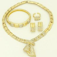 2016 New Women's Fashion The Perfect Luxury 18k Gold Plated Rhinestone Dubai Africa and Turkey Bridal Wedding Jewelry Sets