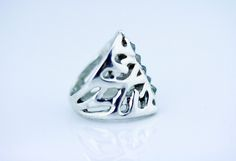 inverted green diamond hand carved ring