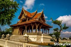 5 cosas que la gente odia de Bangkok, 5 errores de viajero novato que te harán odiar la capital de Tailandia. ¡Descubre aquí como evitarlos! #bangkok #tailandia http://bangkok.stickyrice.co/5-cosas-que-la-gente-odia-de-bangkok สวนสันติชัยปราการ (Santichai Prakan Park) en พระนคร, กรุงเทพมหานคร