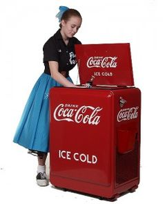 """Click here: I remember when a soda was called a """"cold drink."""" History in Americana Memories http://www.texansunited.com/blog/2012/03/02/remember-cold-drinks"""