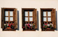 janelas de madeira rusticas - Pesquisa Google