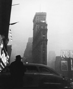 """Robert Frank, New York City, 1947 """"Dear parents, never have I experienced so much in one week as here. I feel as if I'm in a film. Life here is very different than in Europe. Only the moment counts, nobody seems to care about what he'll do tomorrow.""""Robert Frank in a letter to his parents, 1947"""
